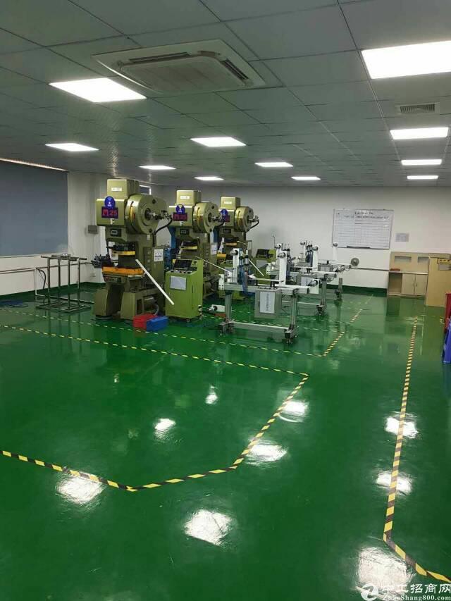 平湖华南城标准高新技术园厂房1500平方米招租-图3