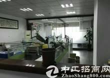 平湖现成装修980平方厂房低价急租