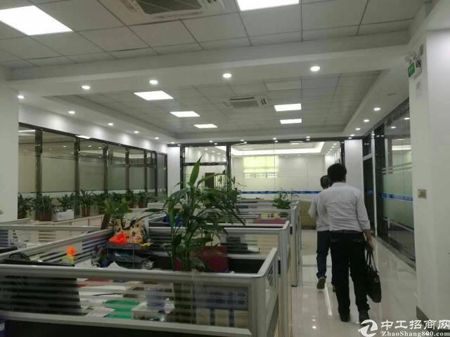福永桥头楼上900平方带装修厂房转让