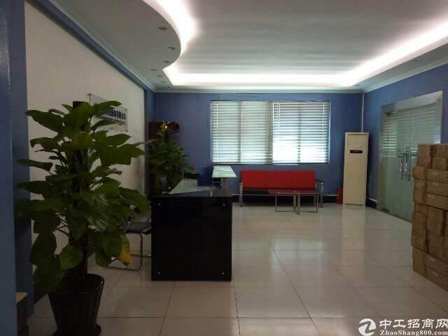 厚街镇三屯村标准厂房一楼2100平方米出租