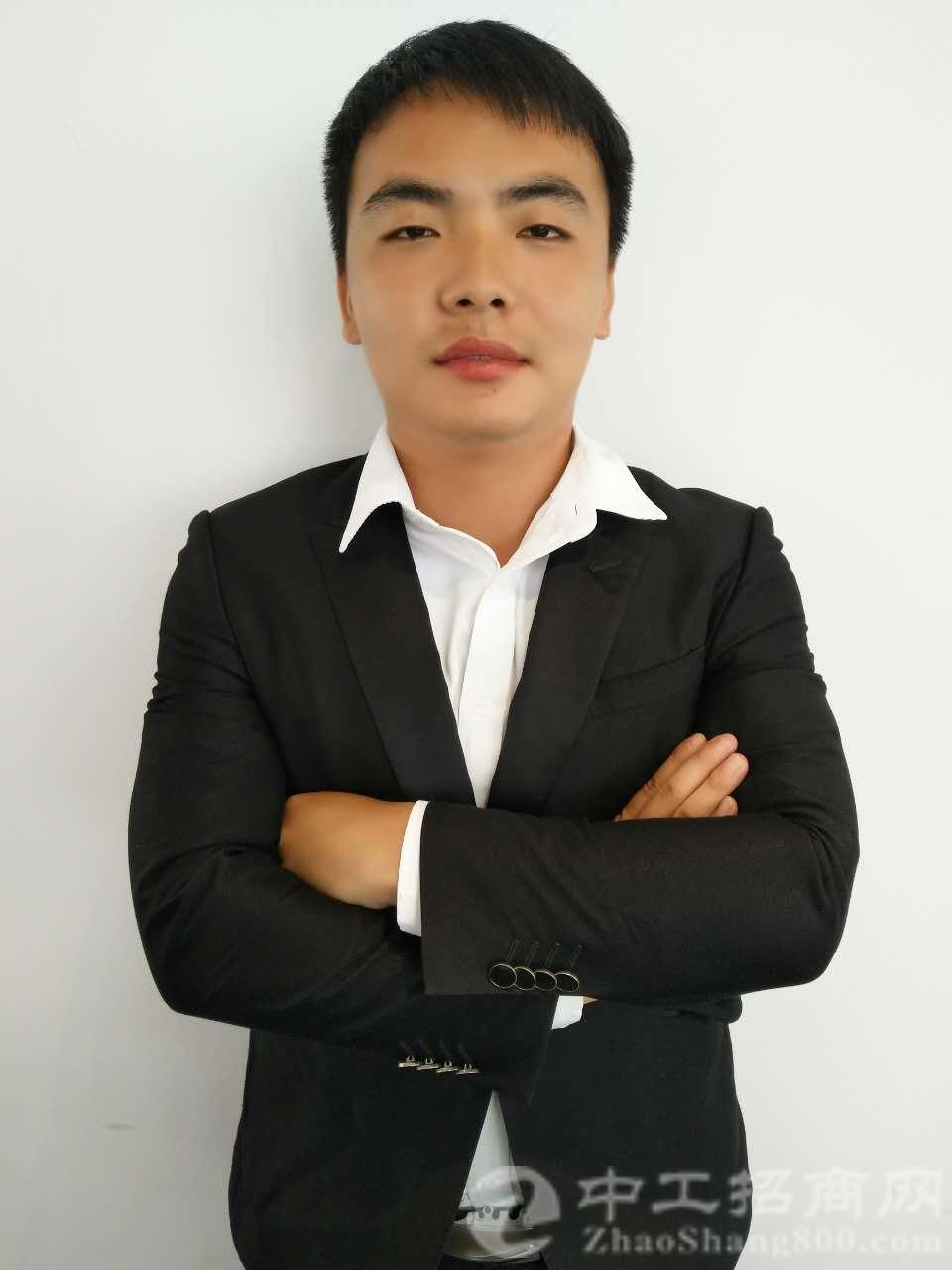 厂房经纪人杨壮