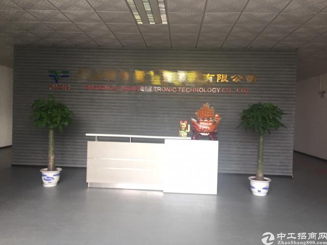 福永私人厂房无公摊楼上2500平精装修