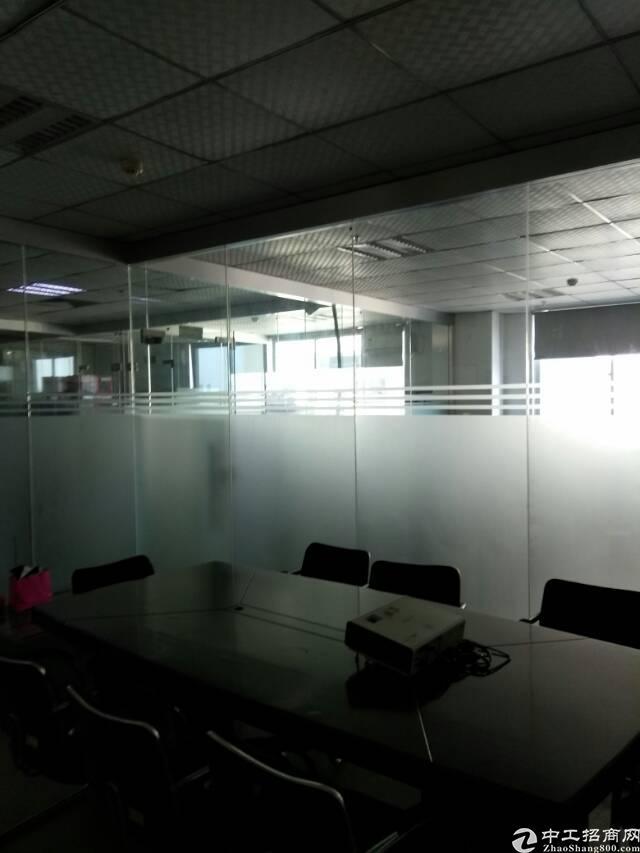 福永和平新出楼上整层2100精装厂房出租-图4