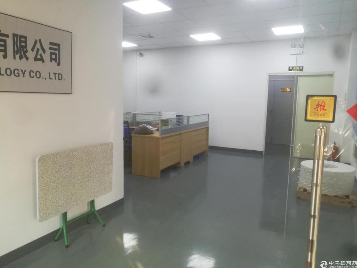 沙井庄村新出楼上整层1200平带装修厂房招租