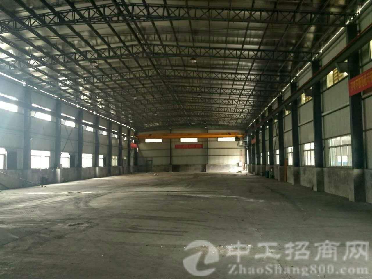 茶山镇新出滴水13米高3500平方重型钢构厂房招租