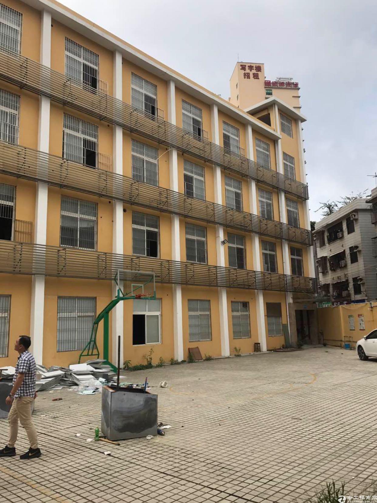 布吉丹竹头地铁站零距离独院厂房1-4层5000平方可分租