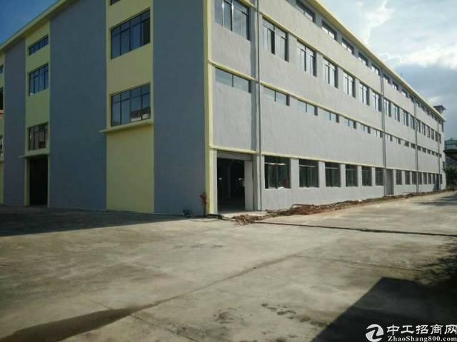 光明高新新独院厂房9500平出租