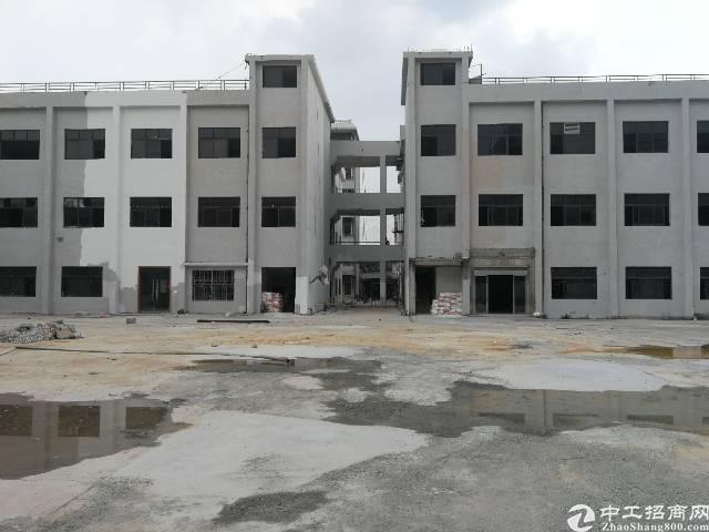 虎门镇怀德有一厂房2万2000平方每平方15块