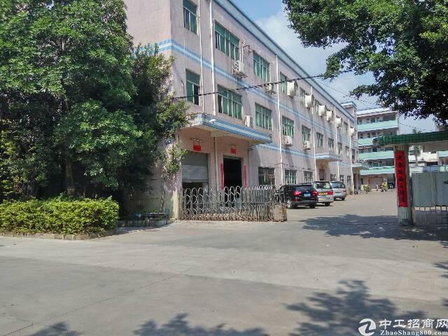 平湖华南城附近1000平方带办公室装修厂房急租