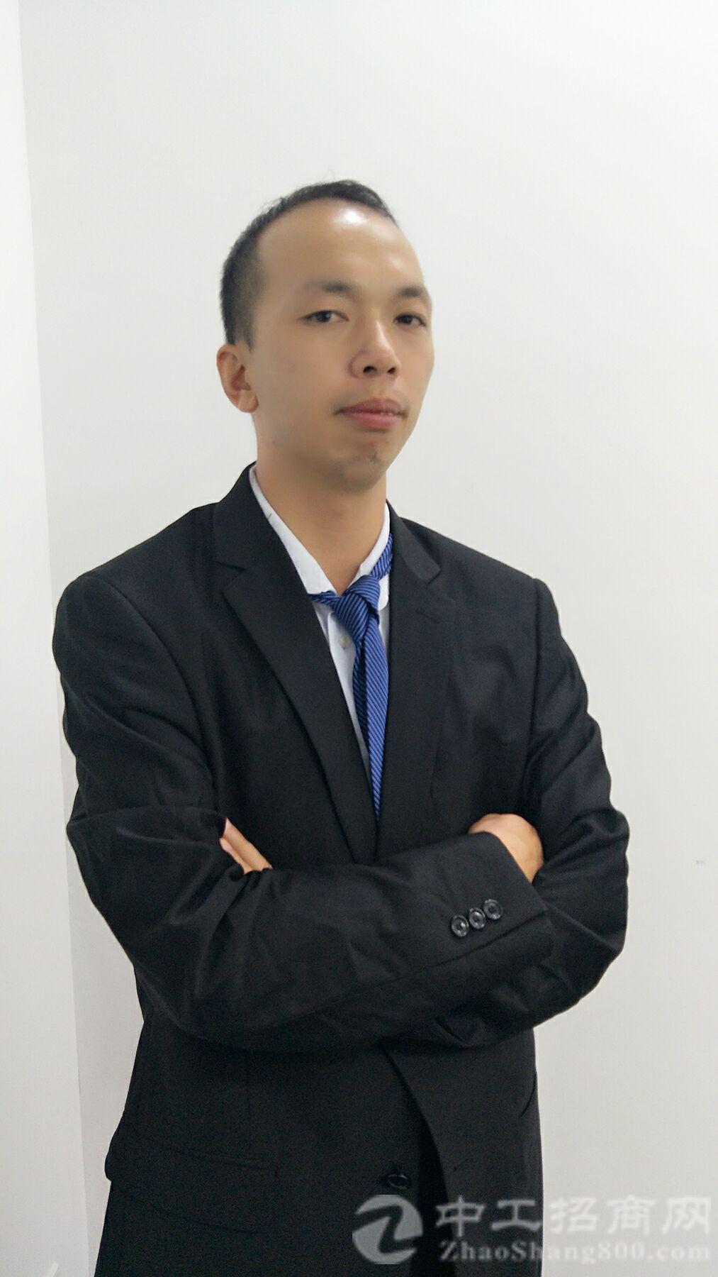 厂房经纪人张志文