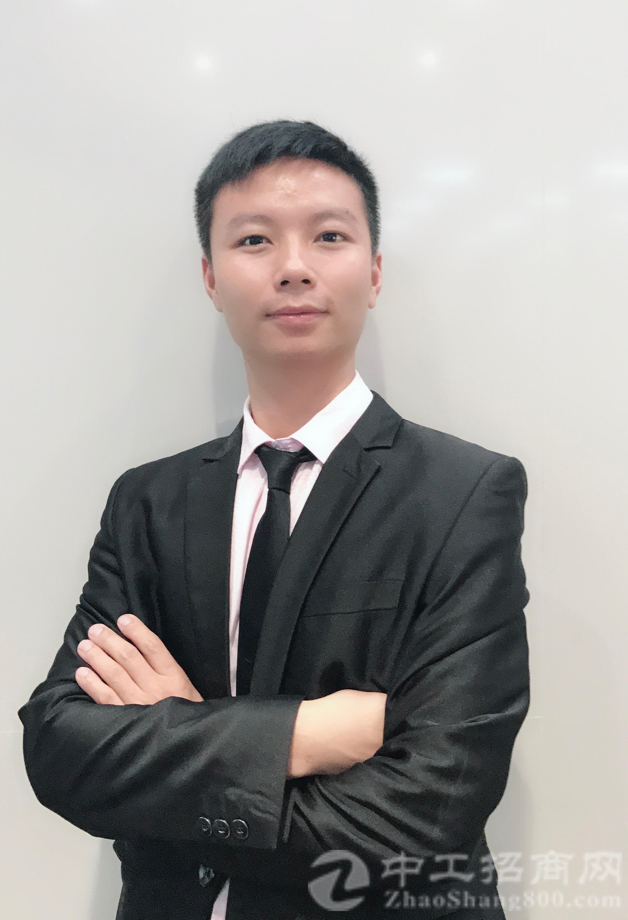 厂房经纪人李前涛