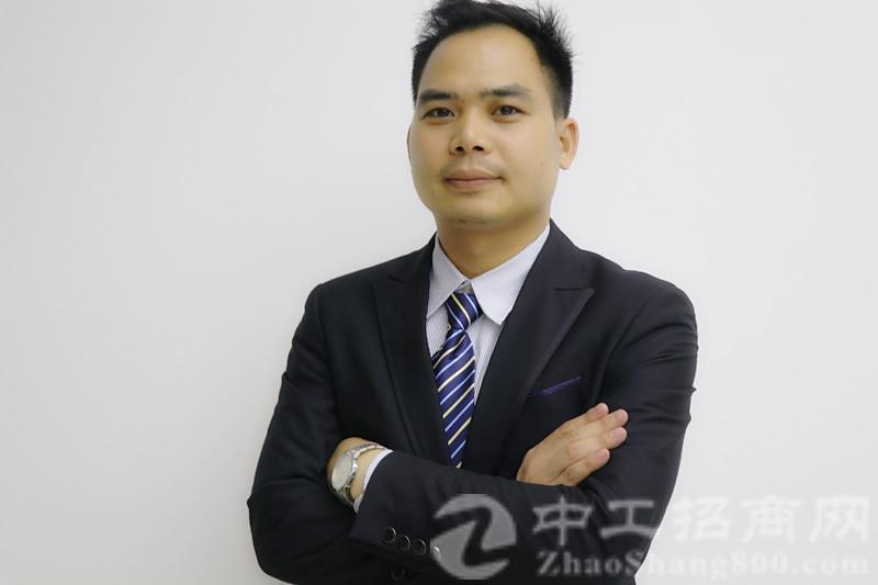 厂房经纪人吴志彪