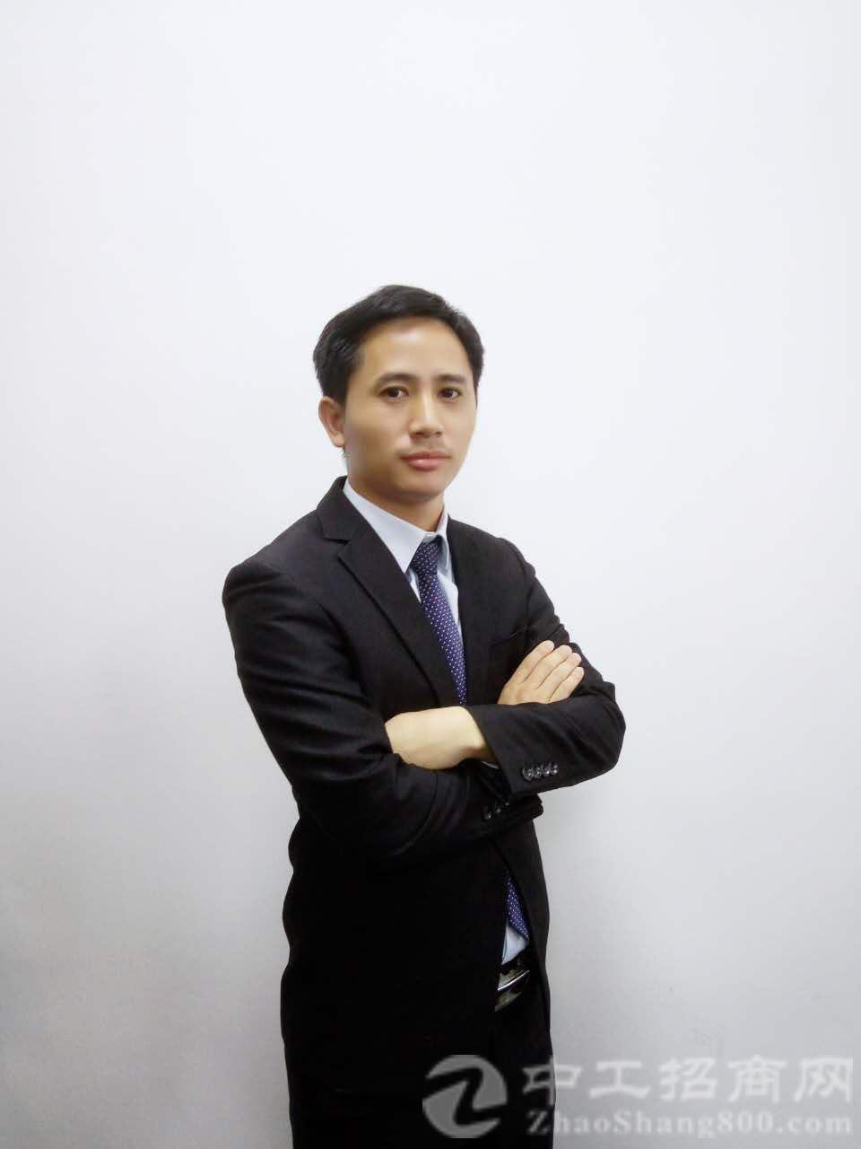 厂房经纪人杨观福