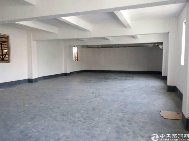 横岗大康三楼带精装修800平米厂房招租