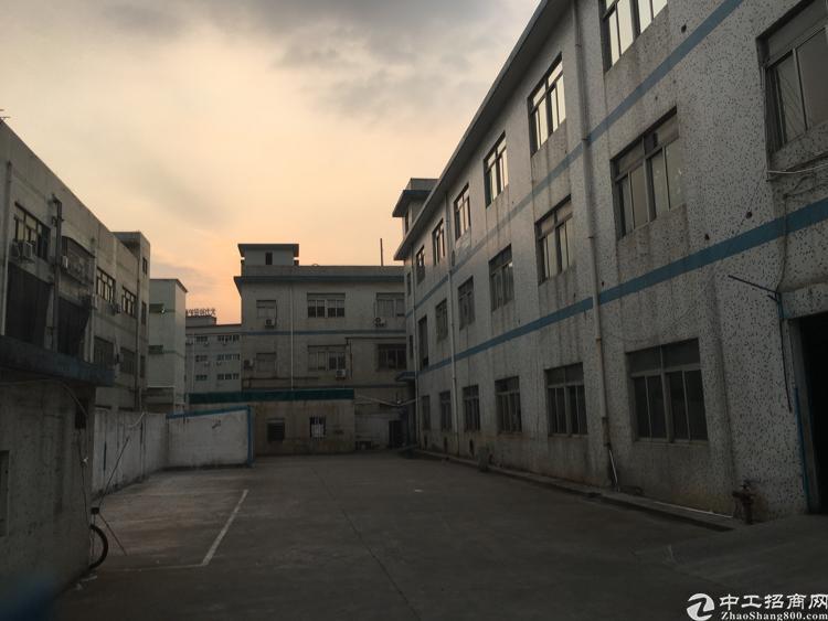 清湖独门红本独院厂房3300平原房东