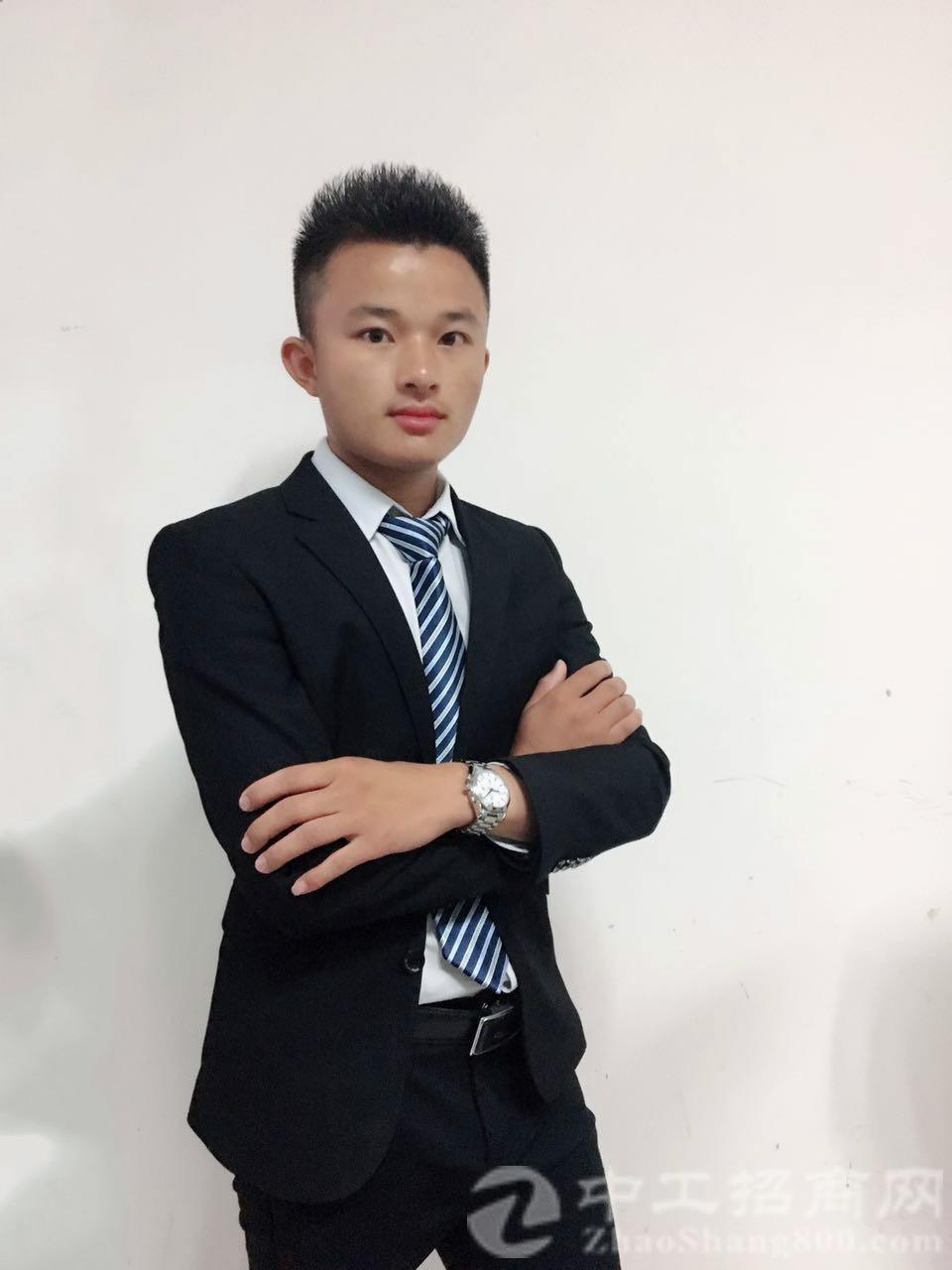 厂房经纪人吴耀