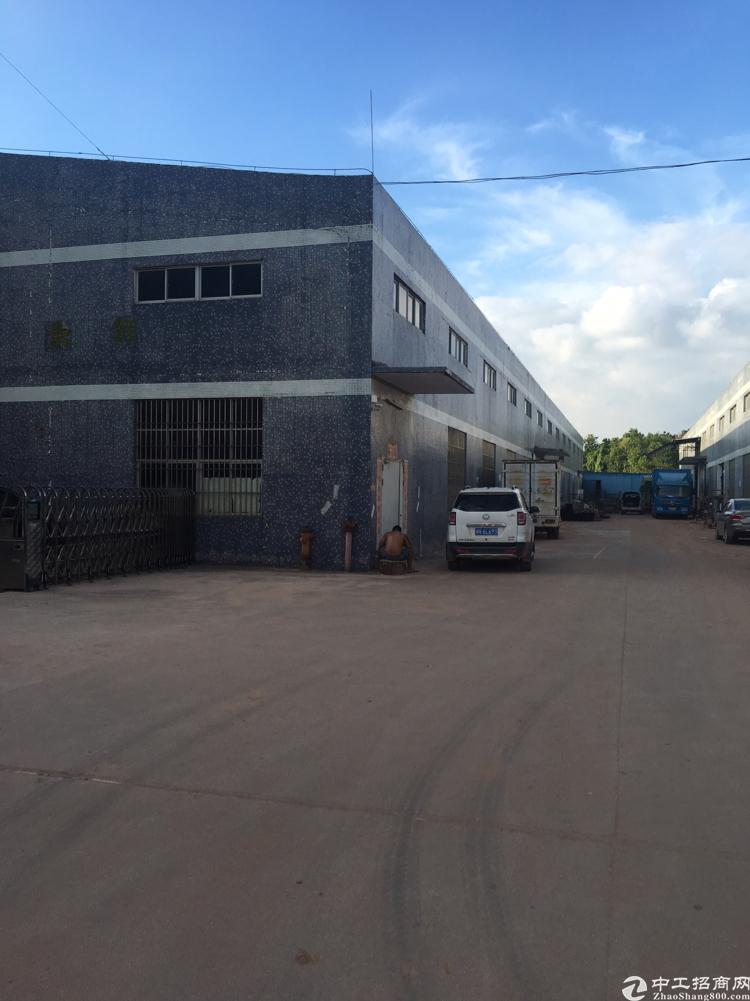 坑梓新出钢构厂房一楼4600平米低价出售