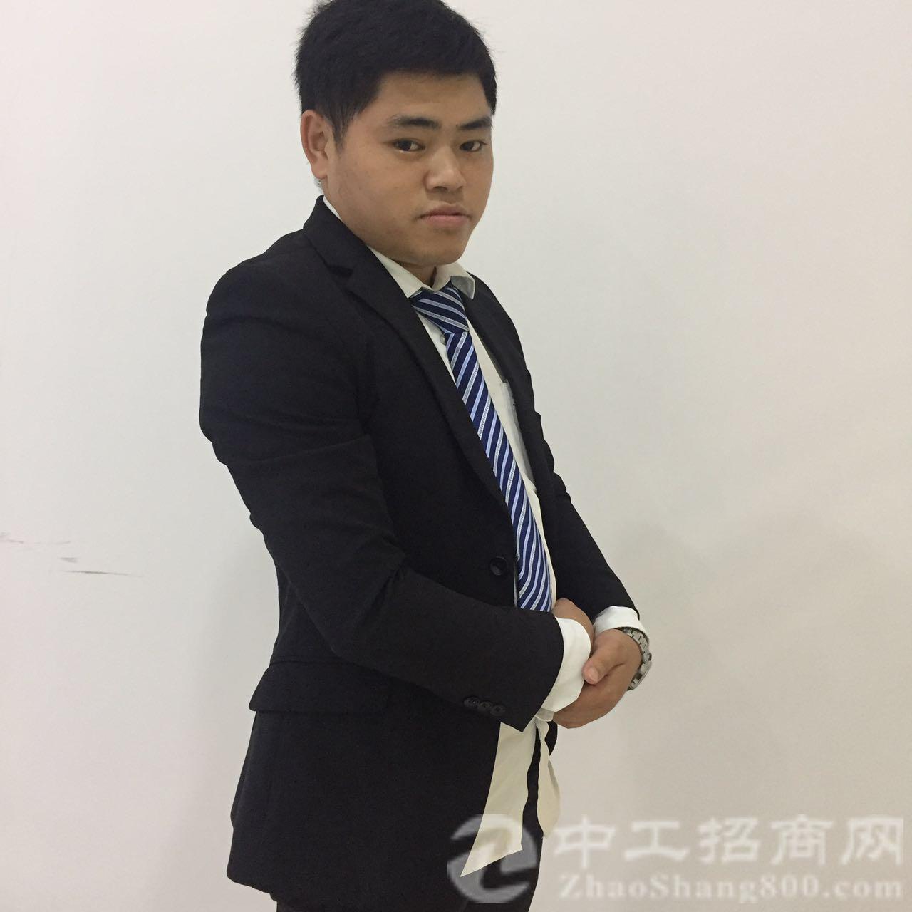 点击进入刘志彪的网店
