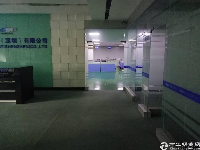 福永宝安大道地铁口附近科技园1800平招租