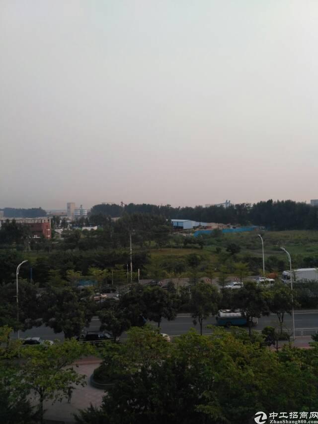福永沿江高速口精装修写字楼2000㎡出租大小可分