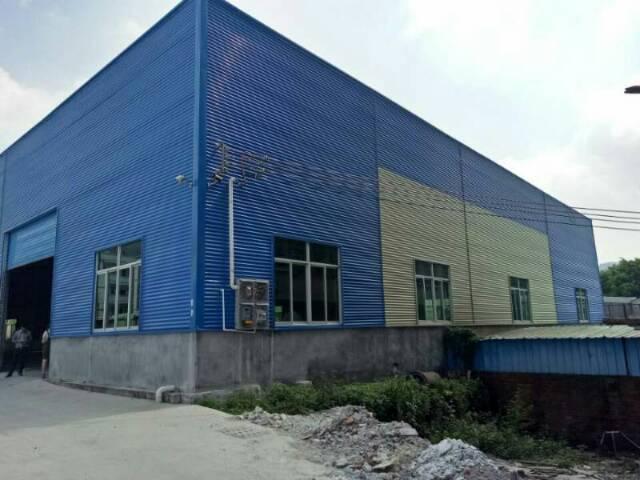 带2部行车。惠州新圩滴水11米高钢构厂房15元租