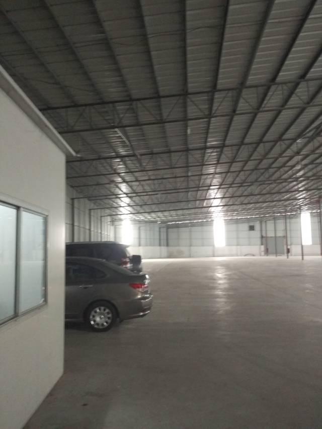 黄埔经济开发区4200平方仓库出租可做快递分点,临时仓库,