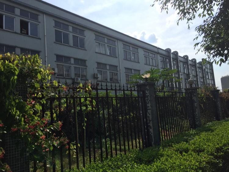 常平镇9600平方厂房出售