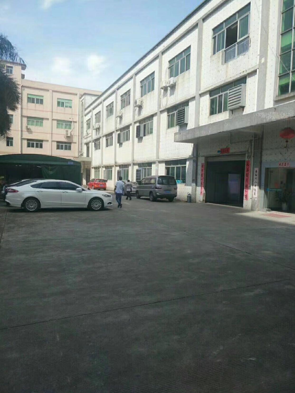 公明南光出口下村二工业区原房东出租5000平米独门独院厂房