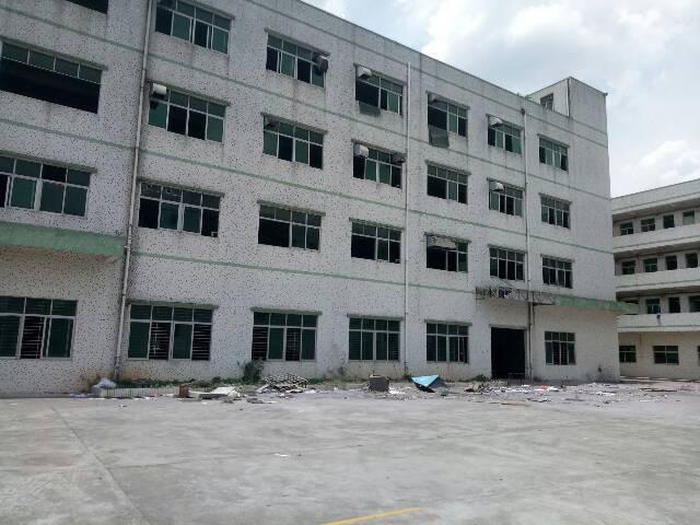 出租平湖2000平米厂房