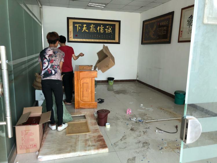公明南光高速出口原房东独院厂房3300平米招租-图4