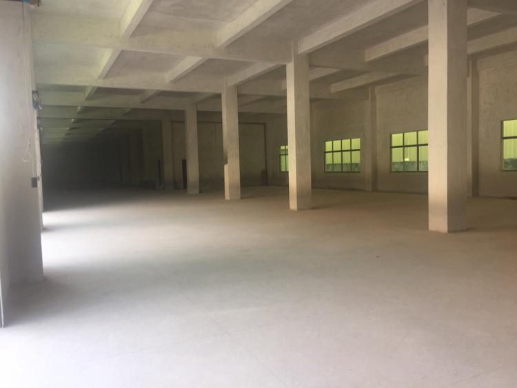 水南工业区附近出600平米原房东一楼