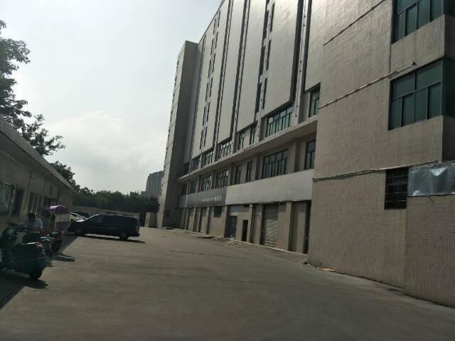 福永107国道旁边可做4s店的厂房招租,空地超大,
