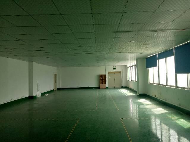 福永和平楼上400平米带装修厂房出租-图4