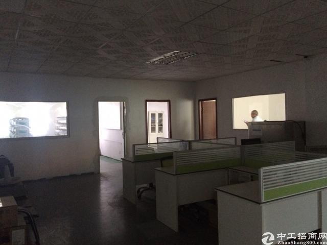 公明红星村靠石岩楼上带办公室装修700平方厂房出租-图4