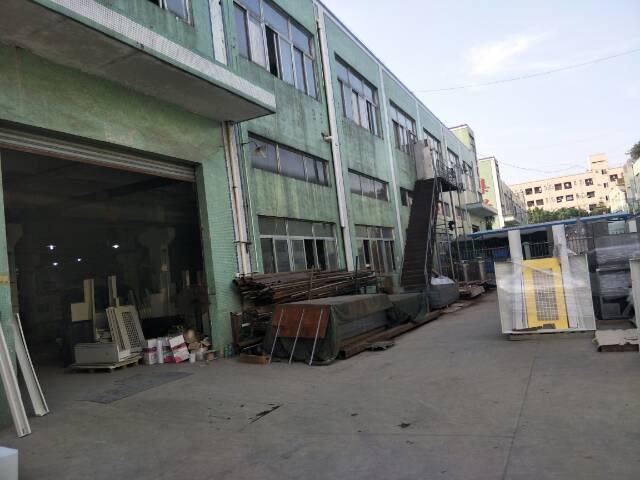 松岗燕川新出一楼1100平米原房东厂房出租
