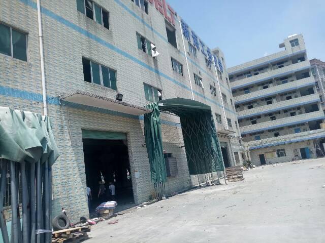平湖华南城附近1350平米二楼厂房出租