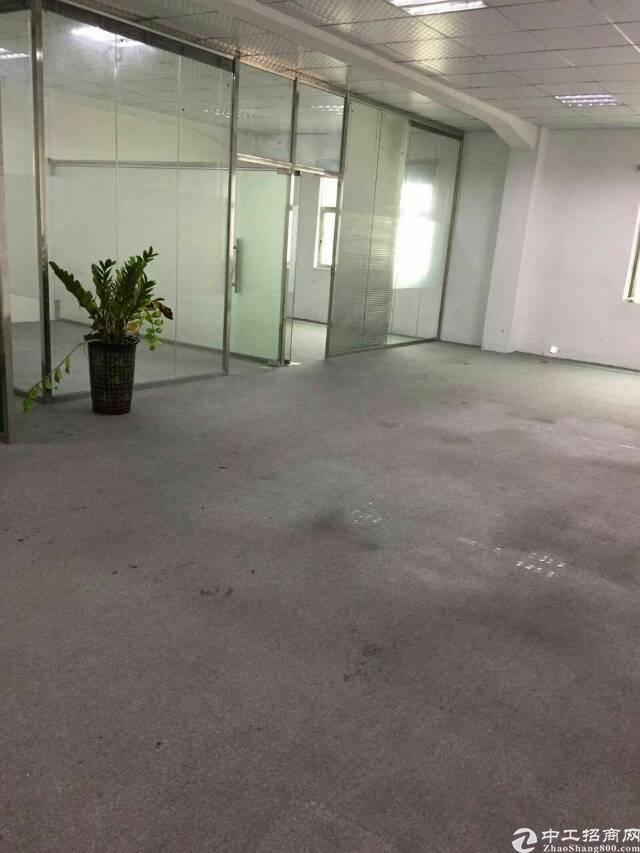横岗六约塘坑地铁口180平方办公室出租