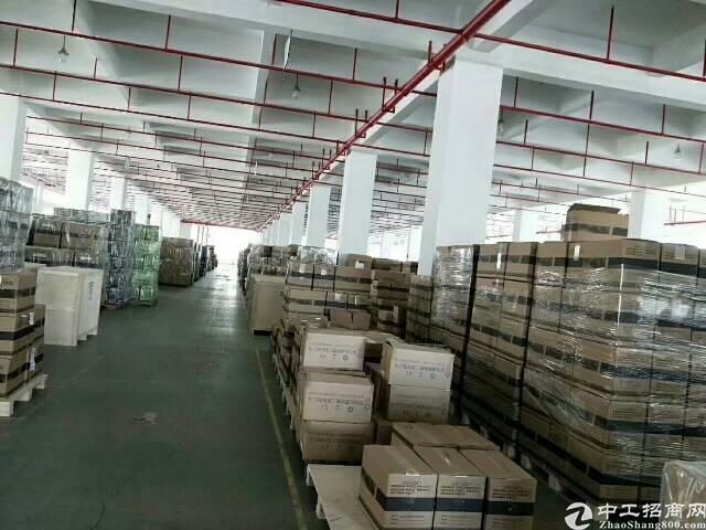 深圳龙岗区高速路口附近大型工业园区新出独院厂房7680平方出
