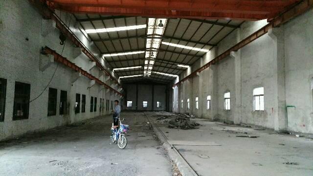五联原房东钢构10000平滴水9米