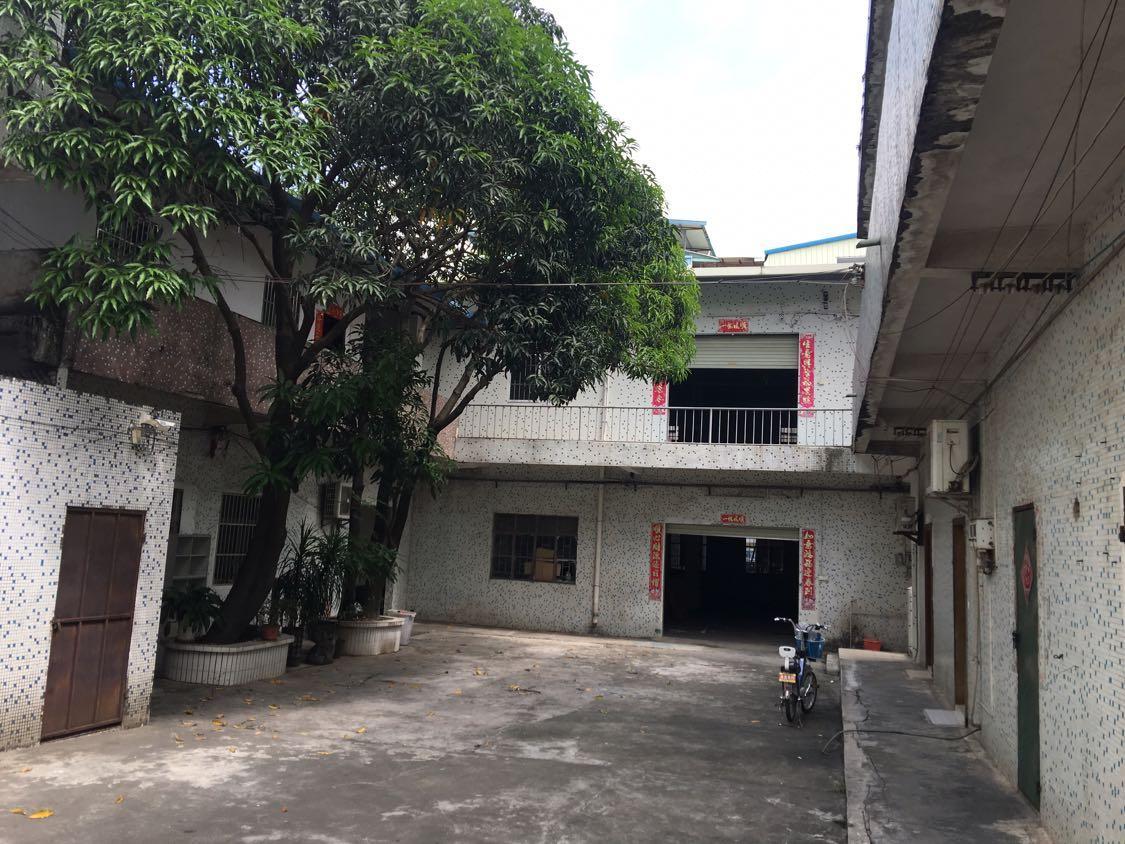 黄江镇中心经典小独院分租楼上810平米厂房出租