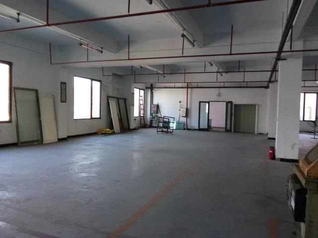 清溪三中一楼厂房2800㎡出租