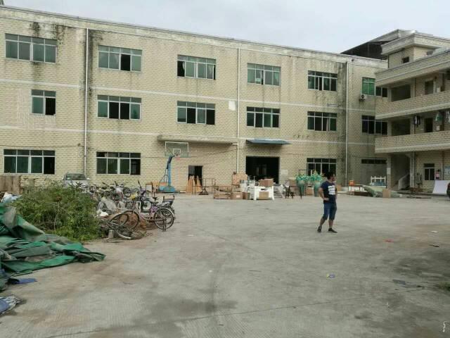 平湖新木村700平米厂房出租