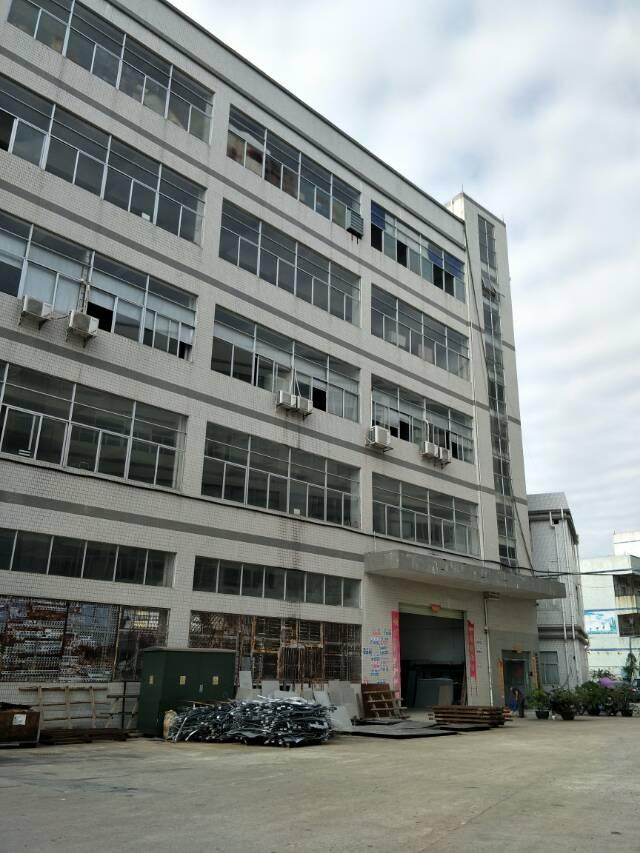公明镇上村新出独门独院7500平方厂房