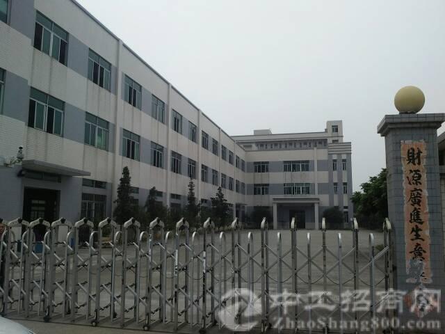 高速出口新出厂房三层独院原房东厂房8000平方,宿舍2000