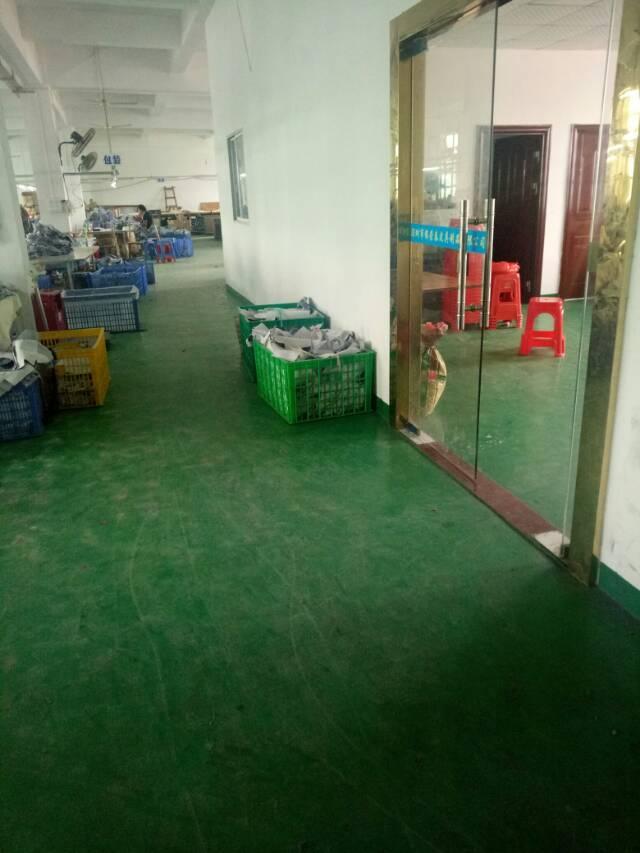 平湖富民工业区带装修1500平方米厂房招租