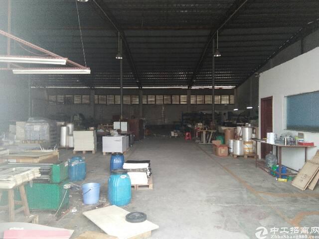 东坑新出稀缺厂房,钢结构砖墙到顶,实际面积无公摊2200平方