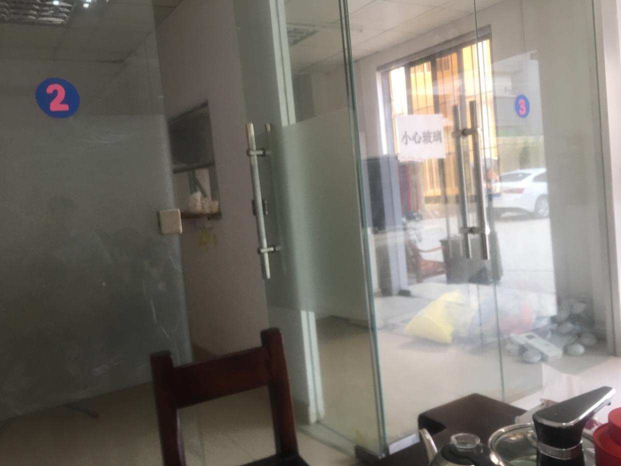 布吉丹竹头地铁站厂房出租1楼300平方