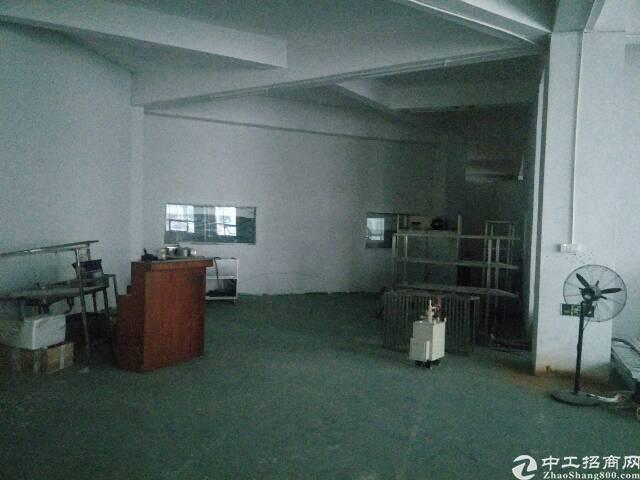 福永新和楼上600平米厂房对外出租