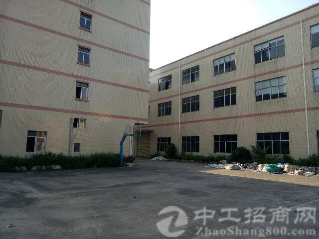 成熟工业区主路边新出房东分租一二楼各2000平方厂房