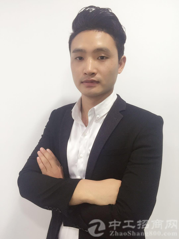 厂房经纪人陈俊江
